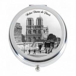 Notre Dame de Paris, Place Saint Michel