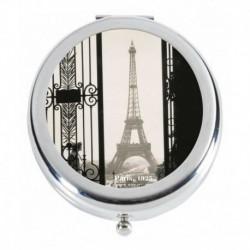 Tour Eiffel derrière la grille
